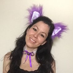 How about this set of cat ears and collar for your next cosplay? The ears can be used by themselves or can be attached on a cap or hat.. You can still be engaged to the women's movement during the warm weather!! 😻💕😍