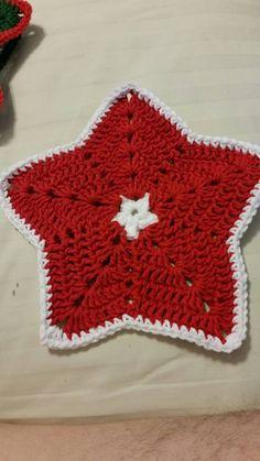 RTS Set of 3 Christmas Star Holiday Dishcloths Traditional Crochet Christmas Ornaments, Holiday Crochet, Christmas Star, Christmas Colors, Office Christmas Party, Hand Crochet, Crochet Crafts, Christmas Traditions, Hostess Gifts