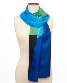 I would love to sew the ends of this together and wear it as an infinity scarf in the summer with a tee, gorgeous!