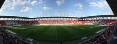 @Ingolstadt Audi Sportpark ist der Name eines Fußballstadions, das in Ingolstadt auf dem ehemaligen Bayernoil-Gelände steht. Es liegt im Südosten der Stadt Ingolstadt, in Richtung Manching. Eigentümer des Stadions ist die Audi Immobilien Verwaltung GmbH, eine Tochtergesellschaft der Audi AG. Hauptnutzer ist der Fußball-Bundesligist FC Ingolstadt 04 #9ine