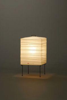 Akari Light Sculpture, STAND Series (floor & table), Model No. 1X, Ozeki Lantern Co. Isamu Noguchi.