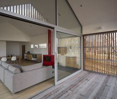 Wakatipu Guest House - Team Green Architects - New Zealand - Living Room - Humble Homes Passive House Design, Small House Living, Living Rooms, Living Spaces, Detail Architecture, Timber Cladding, Relaxing Places, Architect House, Modular Homes