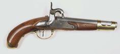 Anonymous   Percussie legerpistool model M 1815, Anonymous, c. 1815 - c. 1816   Percussie legerpistool model M 1815. Gladde, ronde loop, welke bij de kamer in een vijfkantig gedeelte overgaat. Aan de bovenkant van de kamer is een percussie schouw ingetapt. Gemerkt op de loop: 1816, IS (kroon erboven). Slot: Percussie slot. Op de slotplaat gemerkt: L (kroon erboven). Hout: Notenhout. Beslag: Messing: Aan de voorkant van de lade is een opengewerkte huls, welke dient voor bevestiging van de…