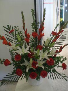 nice funeral flowers arrangement  http://www.unny.com