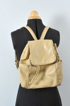 VINTAGE 90S BACKPACK cream mini rucksack slouchy festival, genuine leather urban