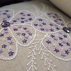 #Embroidery #Stitch#needlework  #프랑스자수 #일산프랑스자수 #자수 #반짝반짝 보랏빛 비즈달고~ ~