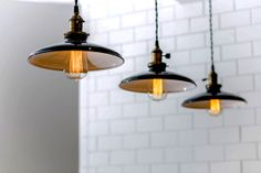 Check out these simple and sharp hanging lamps!
