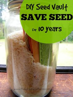 Do you save seed for the future? Learn to make a DIY Seed Vault - Save Seed for 10 Years http://preparednessmama.com/diy-seed-vault/