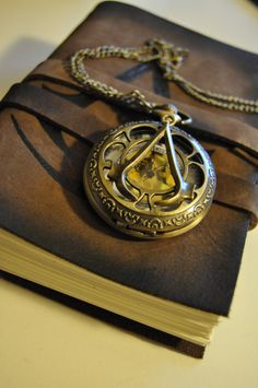 vstequilasunrise: Assassin's Creed Pocket Watch