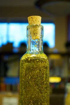 Some good ideas for using spice mixes to put on bread or as a bread dip. DIY infusing olive oil