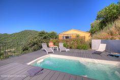 Location Vacances Gîtes de France - Le Toit De Caroline parmi 55000 Gîte en Corse, Corse