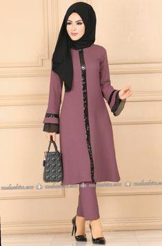 Fashion Dresses For Kids Beautiful Islamic Fashion, Muslim Fashion, Modest Fashion, Fashion Dresses, Dress Outfits, Beautiful Dress Designs, Most Beautiful Dresses, Pakistani Dress Design, Pakistani Dresses