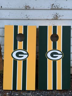 #greenbay #packers #cornhole #southernboards Team Spirit Crafts, Bean Bag Boards, Diy Cornhole Boards, Cornhole Designs, Bag Toss, Corn Hole Game, Green Bay Packers, Diy Crafts, Crafty