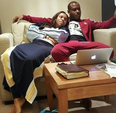 Check Out Vincent Enyeama Lovely Response To Fans Who Said His Bible Is Old (Photo)   360dopes