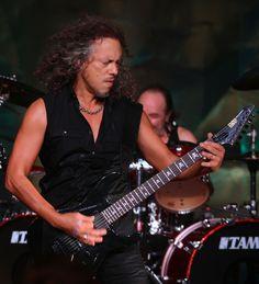http://www2.pictures.zimbio.com/gi/Kirk+Hammett+SiriusXM+Presents+Metallica+Live+Ok64KRQNOP_l.jpg