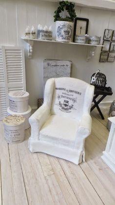 miniatyrmama: I dressed an armchair!