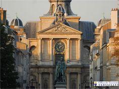 Versailles – Centre Historique / Quartier Notre-Dame Le quartier Notre-Dame est le plus ancien de Versailles. Louis XIV en effet, voulant embellir les abords du château, entreprit de créer au nord de celui-ci une ville nouvelle sur un terrain vierge....