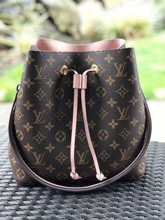 1e0437c67bf3 Louis Vuitton NeoNoe Crossbody Shoulder Bag Convertible Rose Poudre Pink   fashion  clothing  shoes