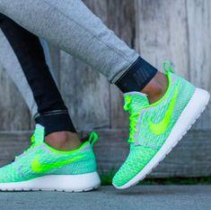 b40212152492 nike roshe runs  fitspo Nike Running
