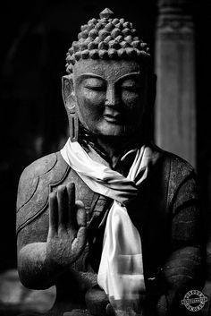 dutourdumonde-photography:  Buddha statue in Kathmandu, Nepal. Black and white photography.
