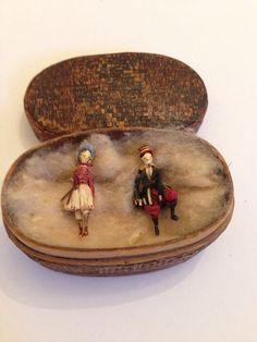 RARE EARLY WOODEN MINIATURE PAIR BOY AND GIRL DOLLS C.1800s   eBay