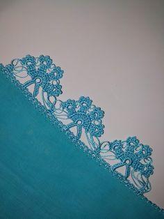 Eye-catching Blue and Pink Crochet Needlework Models Motif Mandala Crochet, Crochet Lace Edging, Crochet Leaves, Easy Crochet, Crochet Top, Beginner Crochet Projects, Crochet For Beginners, Spring Tutorial, Stitch Patterns