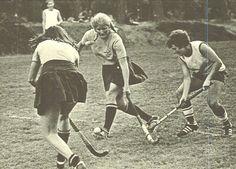 Oregon field hockey 1974-75. From the 1975 Oregana (University of Oregon yearbook). www.CampusAttic.com