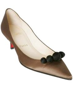 Celebrities who wear, use, or own Christian Louboutin Brown Satin 'Diademe' Kitten Heels. Also discover the movies, TV shows, and events associated with Christian Louboutin Brown Satin 'Diademe' Kitten Heels. Kitten Heel Shoes, Shoes Heels Pumps, High Heel Pumps, Sandals, Feet Show, Cute Flats, Low Boots, Red Bottoms, Fashion Shoes