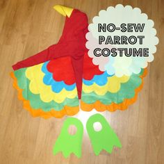 DIY no-sew parrot costume, quick last-minute Halloween costume. Baby Parrot Costume, Bird Costume Kids, Animal Costumes For Kids, Children Costumes, Last Minute Halloween Costumes, Halloween Party Decor, Easy Halloween, Halloween 2018, Homemade Halloween