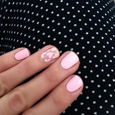 Valentine's Day Nail Designs pale pink heart nails for valentines day! Heart Nail Designs, Valentine's Day Nail Designs, Nails Design, Prom Nails, Fun Nails, Nails 2018, Gorgeous Nails, Pretty Nails, Design Ongles Courts