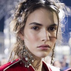 Lucia Pieroni au défilé Alexander McQueen