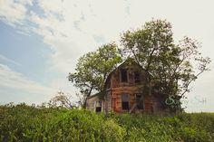 Szpak Farmhouse - Located near Elphinstone, Manitoba. www.sunnys-hphotography.com