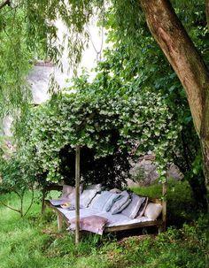 quiet garden seat