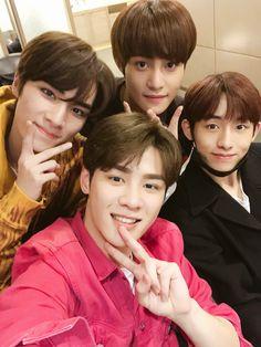 XiaoJun, Yangyang, Kun e Winwin Nct U Members, Nct Dream Members, Nct 127, Yang Yang, Extended Play, Winwin, Taeyong, Jaehyun, Nct Debut