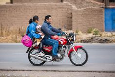 The father the mother and the baby on a motorcycle riding on a street in Peru. #peru #people #travel #all_mypeople #bnw_magazine #digers_venezuela #digers_vzla #everydayeverywhere #great_captures_people #great_portraits #ig_global_people #insta_anadolu #peoplescreatives #people_and_world #people_of_world #peoplelikeus #photoblipoint #photooftheday #photo_storee #phototag_it #re_tratos #street_photo_club #streetlife_award #streetportrait #snapso #1001people