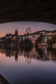 Die Altstadt von Basel im Morgenlicht Museum, Travel Goals, Cityscapes, Switzerland, Street Photography, Explore, World, Water, Places