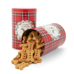 Vintage-inspired and festive, this plaid biscuit tin is as handsome as the Fox Terrier that adorns it. Pop Up Shops, Personal Hygiene, Fox Terrier, Sale Items, Dog Food Recipes, Vintage Inspired, Biscuits, Plaid, Waiting