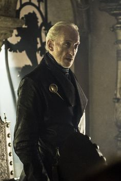 Charles Dance als Tywin Lannister in Game of Thrones. - Game Of Thrones Game Of Thrones Books, Got Game Of Thrones, Got Costumes, Hbo Tv Series, Charles Dance, Game Of Thrones Costumes, My Champion, King's Landing, Jaime Lannister