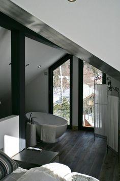 Piolet cottage by Chevallier Architectes - MyHouseIdea