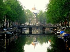 Top 25 Breakfast and Brunch Spots in Amsterdam- In the morning the canals are peaceful with the still waters reflecting the soft light of early day. It's breakfast time! Here are a few of our tips for delicious Amsterdam breakfast and brunch places organized by neighborhood - West, Oost, Zuid, Noord and  in the Center! awesomeamsterdam.com