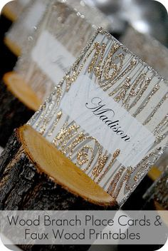faux wood place card header
