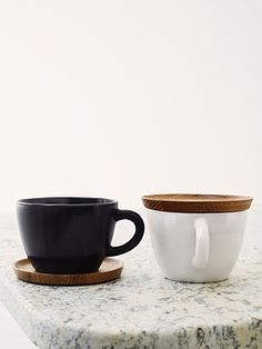 Tea Cups with Wooden Lids