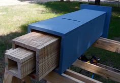 Rocket style bat house