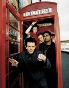 Fm Music, Music Bands, Deryck Whibley, Sum 41, 2000s Pop, Falling In Reverse, My Vibe, Pop Punk, Latest Music