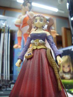 Jessica de Dragon Quest VIII, da série Play Arts da Square Enix.