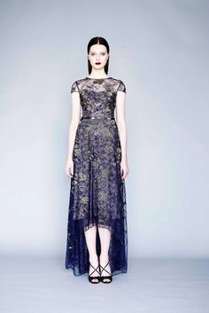 Marchesa Notte Fall 2015 Ready-to-Wear - Collection - Gallery - Style.com http://www.style.com/slideshows/fashion-shows/fall-2015-ready-to-wear/marchesa-notte/collection/5
