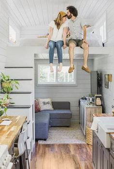 And you thought your home was cramped! Kelly Sutton and her husband, Canaan, along with two cats, live in Golden, TX, in a 312-square-foot home (that's smaller than the average two-car garage).