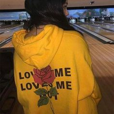 Dellytop Long Sleeve Pullover Hoodies Sweatshirts Coats With Pocket Printed Rose Small Yellow Fashion Killa, Look Fashion, 90s Fashion, Queen Fashion, Mode Punk, Robes Glamour, Outfits Mujer, Mellow Yellow, Color Yellow
