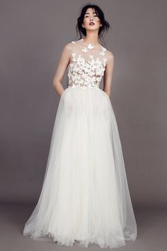 Kaviar Gauche Brautkleid 2015 Papillon If I weren't already married I would seriously consider this gown..
