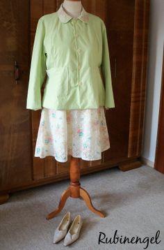 Plus Size Fashion Blog Plus Size Lace Dress + Linnen Jacket = Springtime